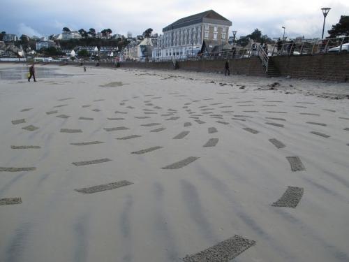 Patelgé, land art, rake art, beach art, sand art, dessin au rateau, dessin sur le sable, sable, plage, art contemporain, art, dessin, perros-guirec, trestraou, bretagne, côtes d'armor