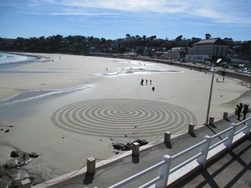 Patelgé, land art, rake art, beach art, dessin sable, art, perros-guirec, trestraou, bretagne, plage, dessins sur le sable, Hypnotik carttons