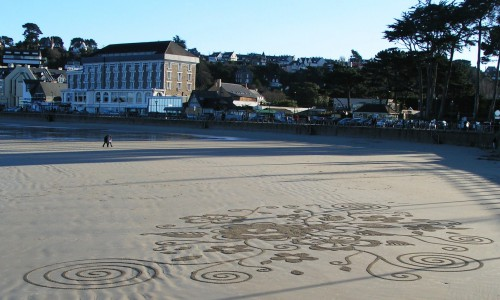 Patelgé, land art, rake art, beach art, dessin sable, art, perros-guirec, trestraou, bretagne, plage, dessin au rateau, ratisser, photosynthèse égarinée