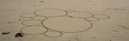 Patelgé, land art, rake art, beach art, dessin sable, art, perros-guirec, trestraou, bretagne, plage, dessins sur le sable, petit cercle circassien