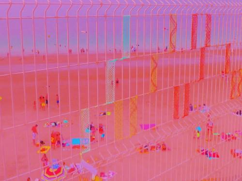 landart,buren,land art,dentelle,fuseaux,patelge,vitrail,vitraux plage,plage,beach,perros guirec,trestignel,beach art