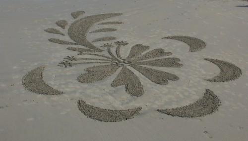 patelgé,perros guirec,land art,landart,beach art,plage art,sable, fleur des sables, fleur, pistil, radio pistil