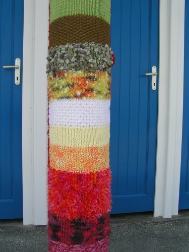 tricot,landart,land art,perros guirec,poteaux tricotés