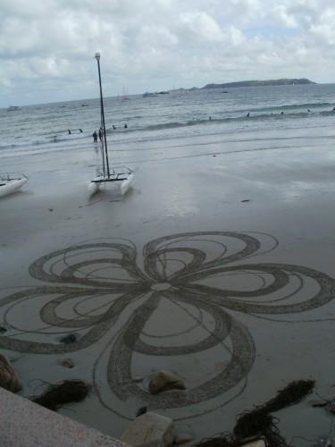 patelgé,perros guirec,land art,landart,beach art,plage art,sable, spirales, ronds, fleurs, spirographique
