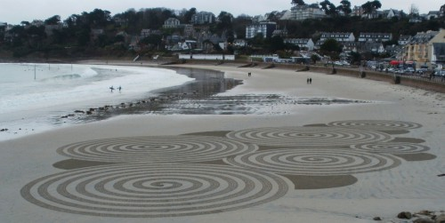 patelgé, land art, raka art, beach art, dessin sable, dessin au rateau, perros-guirec, trestrou, giant sand