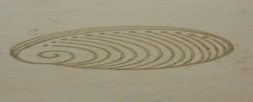 Patelgé, land art, rake art, beach art, dessin sable, art, perros-guirec, trestraou, bretagne, plage, dessins sur le sable, Charlie