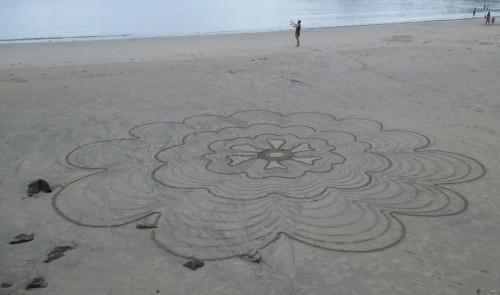 patelgé,land art,beach art,rake art,dessin sur le sable,sand art,sable,plage,art contemporain,art,perros-guirec,trestraou,bretagne,côtes d'armor,fileuse des sables