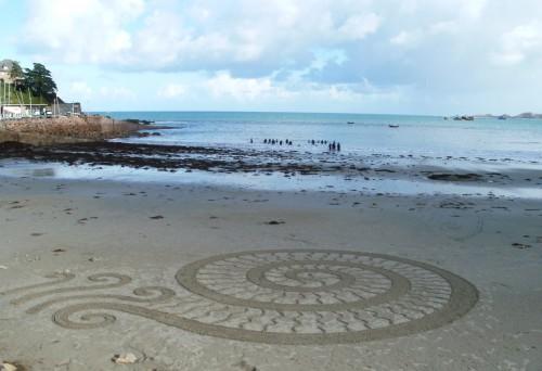 patelgé,perros guirec,land art,landart,beach art,plage art,sable, trestraou, hélix, spirale